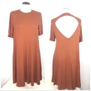 🌸American Eagle Knit Open Back Dress